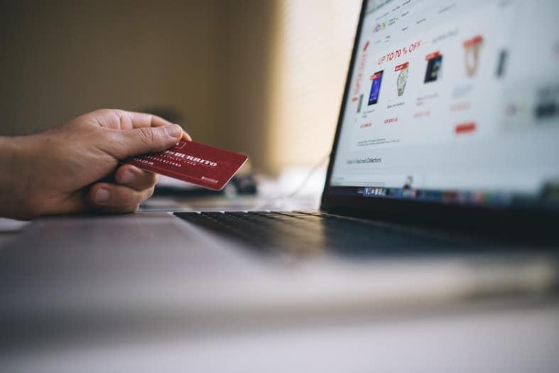 Kaip sutaupyti pinigų - pirkite internetu