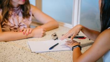 Antstoliai: ką apie juos reikėtų žinoti turintiems skolų